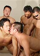 淫乱雄達の5P・雄汁まみれの大乱交
